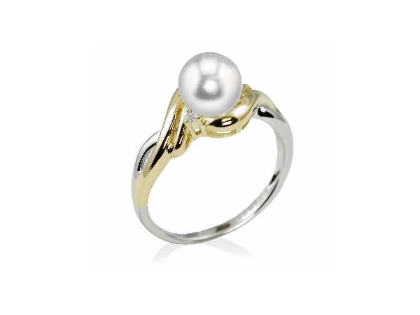 Pearl Ring by Imperial Pearl